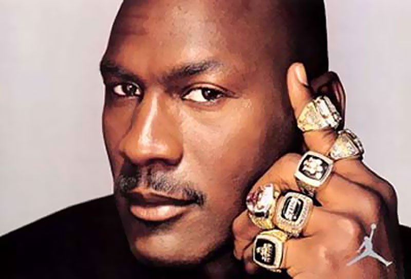 Michael-Jordan via tensportclubs . com