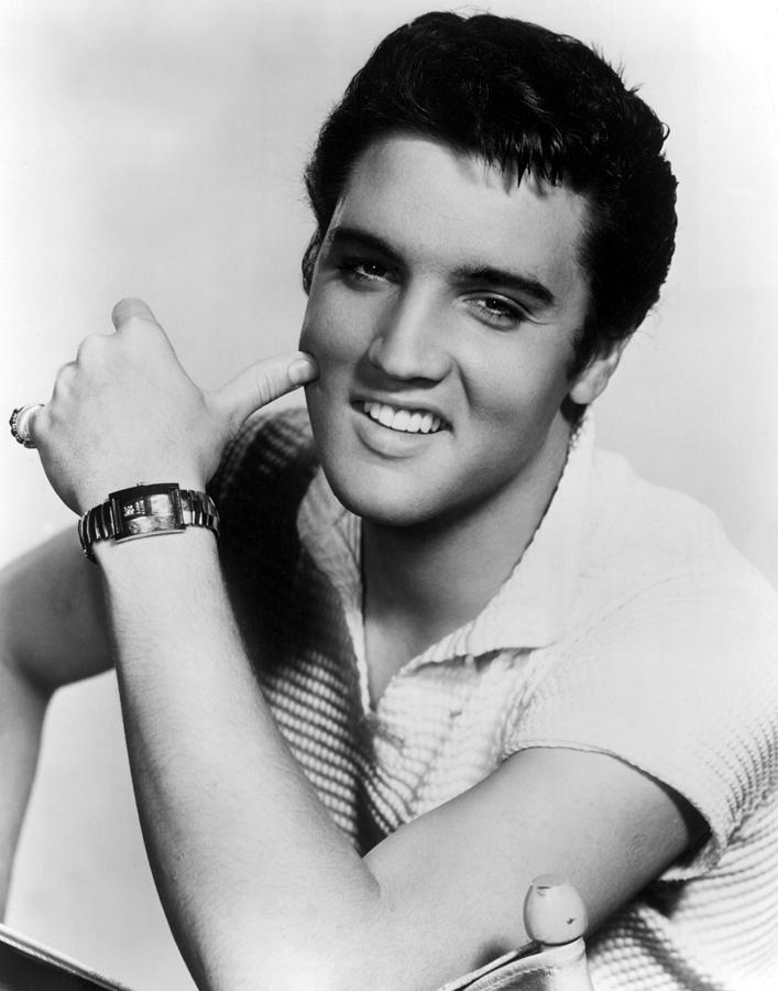 Elvis-Presley via fineartamerica . com